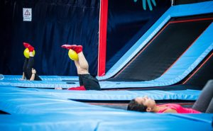 Cours_collectifs_Salto_trampoline_arena_fitness_ballon_abdos_fessiers